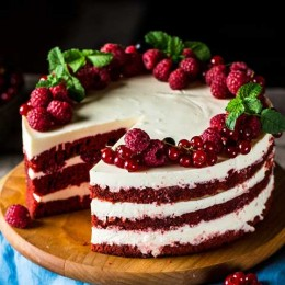 کیک و شیرینی