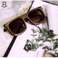 عینک چوبی کد ۰۳